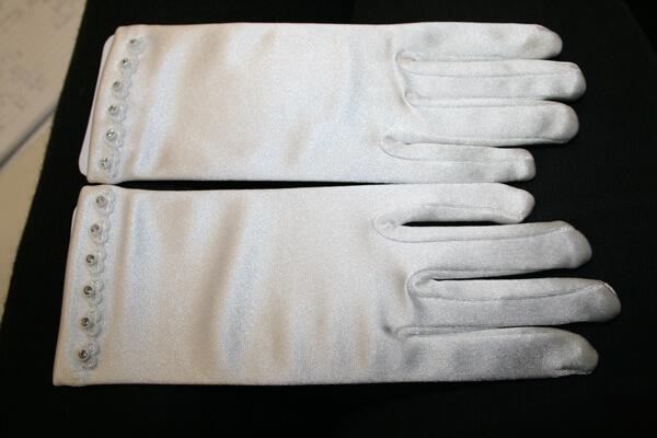 Communion Gloves CG785